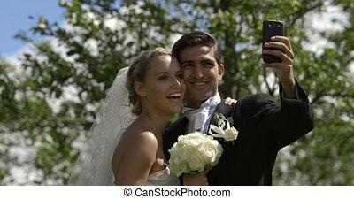 poza, panna młoda, szambelan królewski, selfie, wpływy