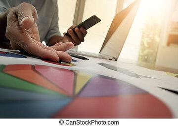 pracujący, handlowy, biznesmen, nowy, nowoczesny, strategia, komputer, ręka, pojęcie