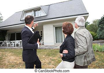 prawdziwy-stan, dom, para, przedstawiciel, nowy, senior, kupno