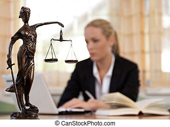 prawnik, biuro
