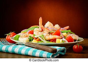 produkty morza, krewetki, sałata
