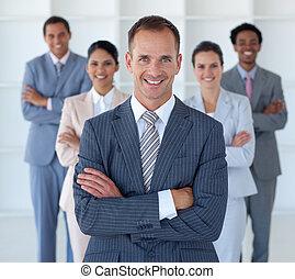 przewodniczy, reputacja, drużyna, jego, dyrektor, handlowe biuro