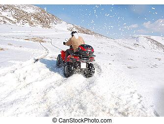 quad, prąd, śnieg
