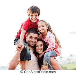 rodzice, dzieci, udzielanie, zmarszczenie, piggyback
