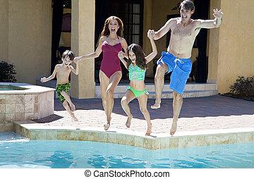 rodzina, dwa dzieci, skokowy, zabawa, posiadanie, kałuża, pływacki