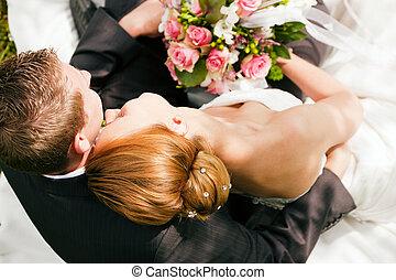 rzewliwość, -, ślub