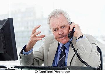senior, telefon, gniewny, dyrektor