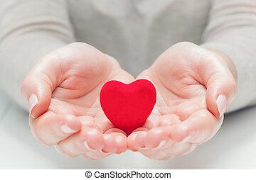 serce, udzielanie, babski, czerwony, siła robocza, mały, broniąc, gest