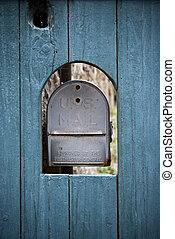 skrzynka pocztowa, na