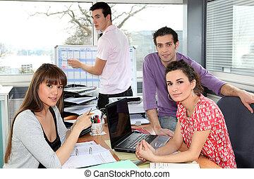 spotkanie, posiadanie, współpracowniczki