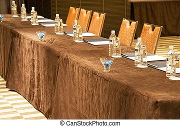spotkanie stół
