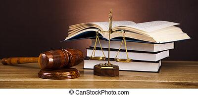 sprawiedliwość, gavel, tabela