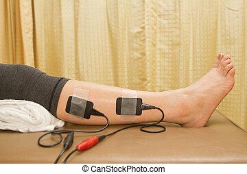 stimulator, kobieta, eletrical, strenght, wzrastać, terapia, zwolnić, ból, mięsień, fizyczny
