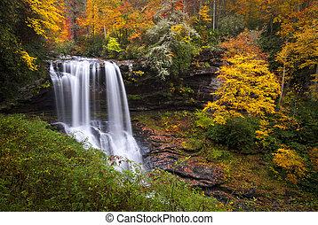 suchy, błękitny, wzgórza, grzbiet, góry, nc, w razie, autumn las, liście, wodospady, gardziel, upadek, cullasaja