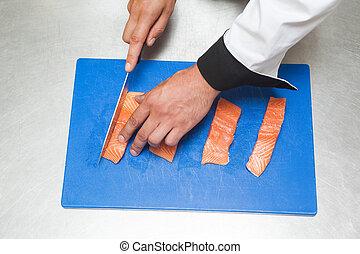 surowy, mistrz kucharski, ostro, łosoś, nóż, rozkrawając