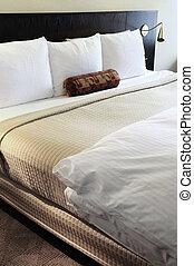 sypialnia, łóżko, wygodny