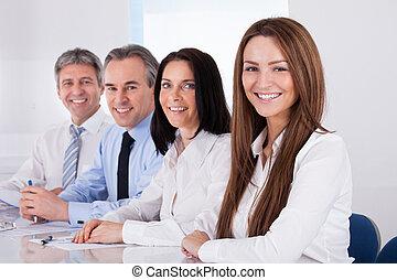 szczęśliwy, businesspeople, hałas