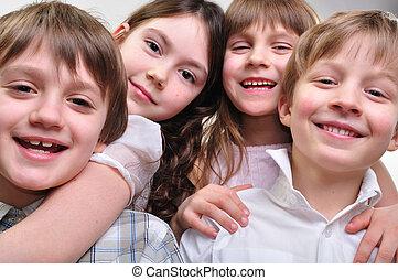 szczęśliwy, grupa, tulenie, razem, dzieci
