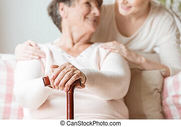 szczelnie-do góry, kobieta, pielęgnacja, dom, pieszy, starszy, wtykać, dzierżawa