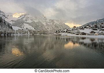 szwajcarski, wschód słońca, wieś
