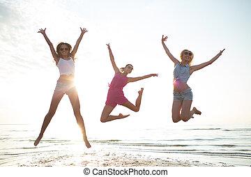 taniec, plaża, skokowa samica, przyjaciele, szczęśliwy