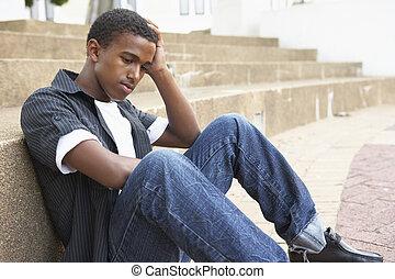 teenage, posiedzenie, nieszczęśliwy, zewnątrz, kolegium student, kroki, samiec