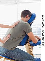 terapeuta, udzielanie, wstecz, szpital, człowiek, masaż