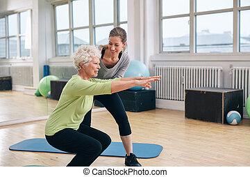 trener, kobieta, jej, osobisty, starszy, ruch