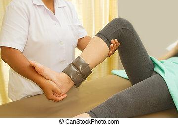 trening, rehab, terapeuta, kolano, mięsień, fizyczny