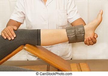 trening, rehab, terapeuta, quatriceps, kolano, mięsień, fizyczny