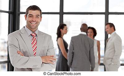 uśmiechanie się, aparat fotograficzny, handlowy wykonawca