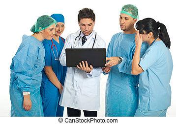 używający laptop, grupa, leczy