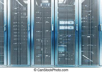 urządzenie obsługujące, dane centrują, telekomunikacja