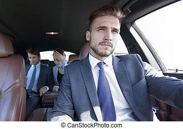 wóz, luksus, ludzie handlowe, grupa
