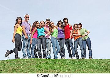 wiek dojrzewania, rozmaity, grupa