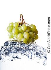 woda, winogrona