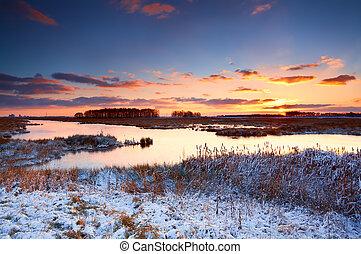 wschód słońca, na, rzeka, zima, barwny