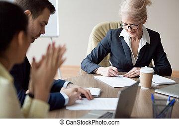 wzmacniacz, handlowy, pomyślny, po, porozumienie, znak, spotkanie