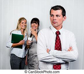 znęcanie się, miejsce pracy, biuro