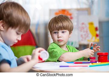 zrobienie, dzieci, siła robocza